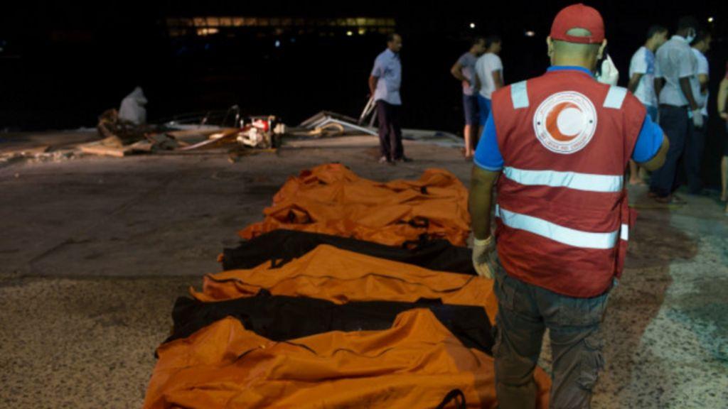 أزمة اللاجئين: القوارب الليبية تبحث عن مزيد من الجثث في البحر المتوسط