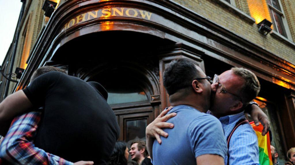 Clubes de bares gay de Staffordshire