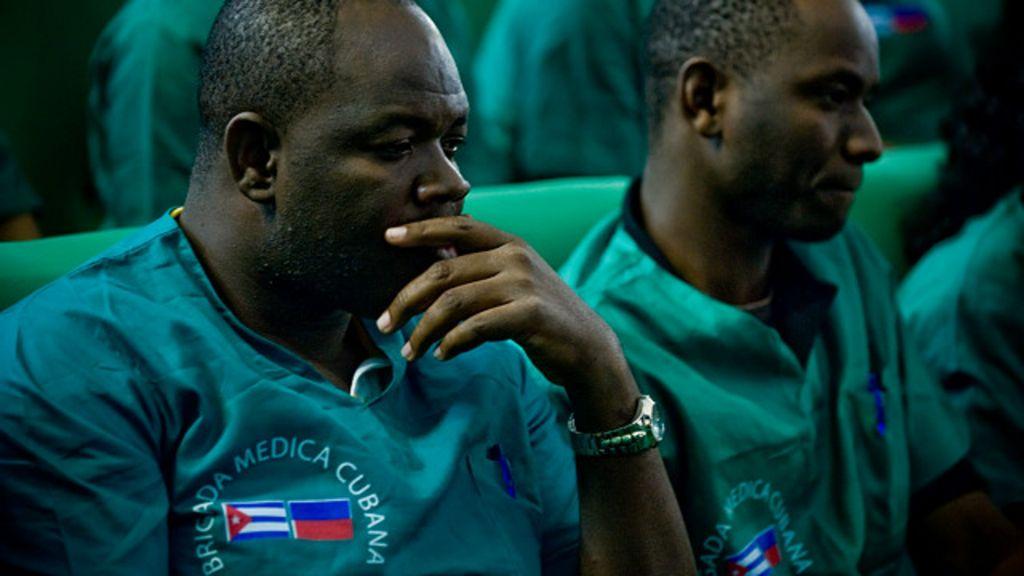 ¿Qué motiva a los médicos cubanos a irse a prestar servicios en ...