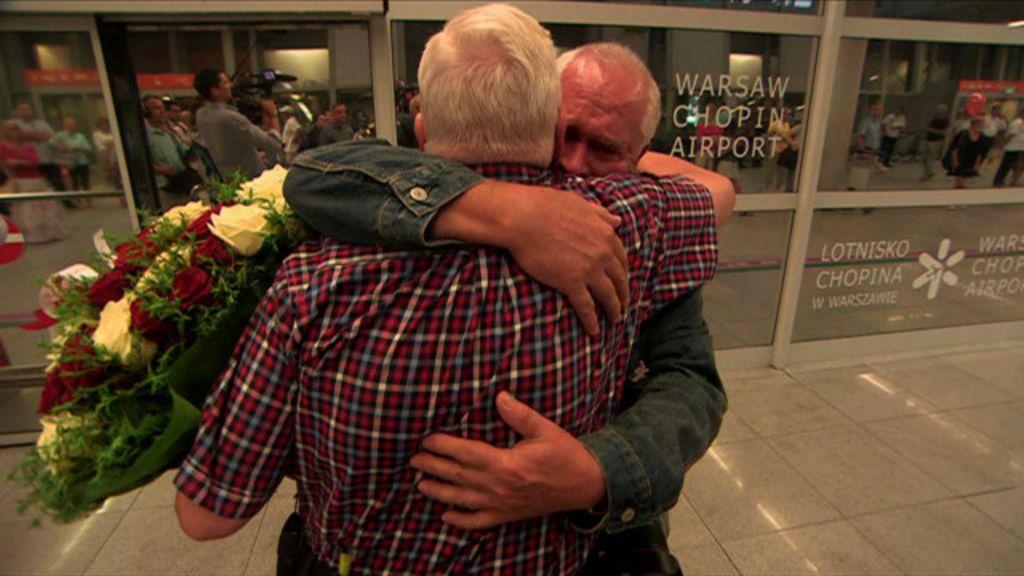 Gêmeos separados na 2ª Guerra se reencontram 70 anos depois ...
