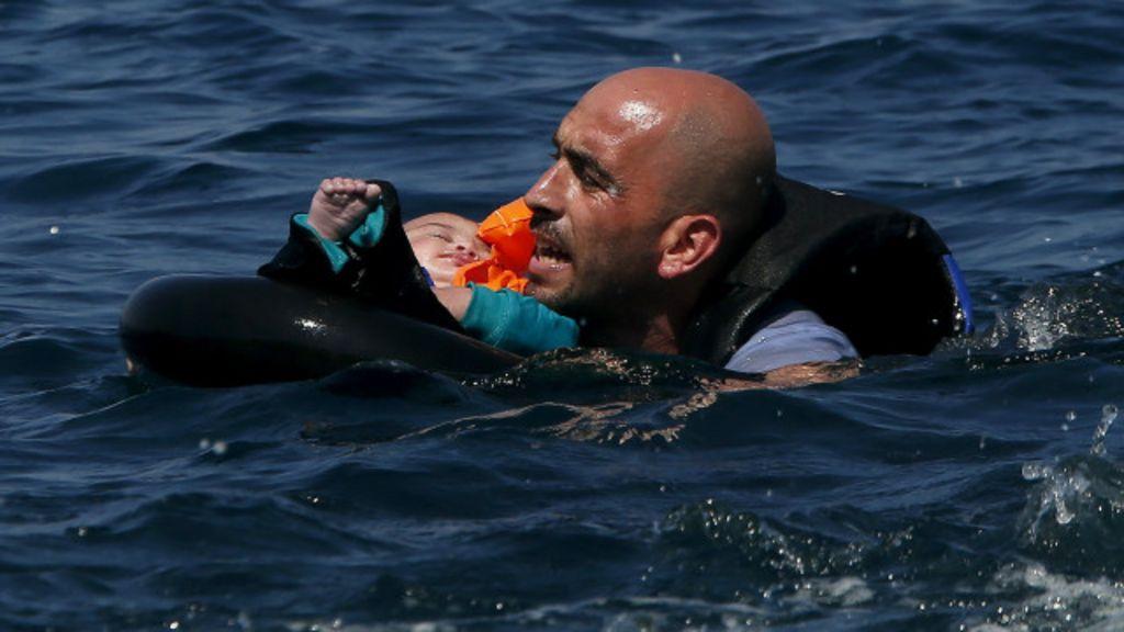 Em quatro dias, 23 crianças se afogam em travessias rumo à Europa
