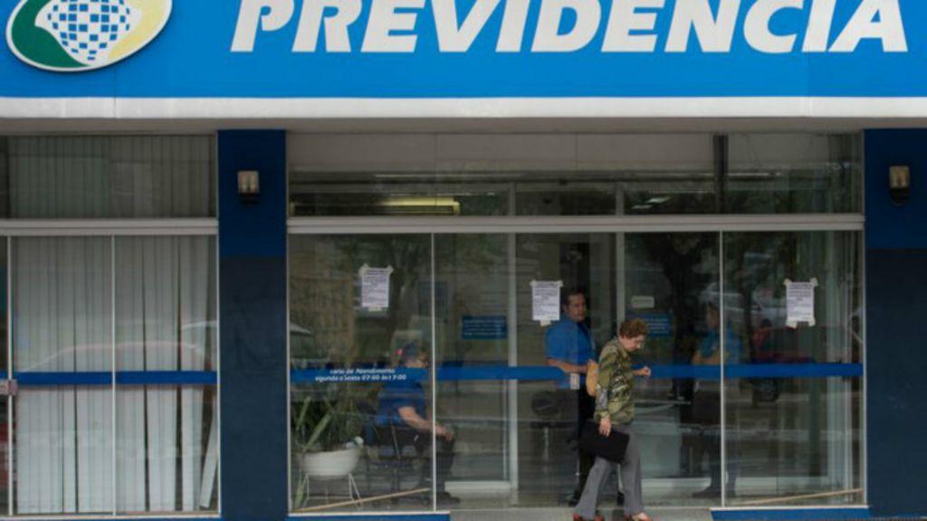 'Só o fim de privilégios e superpensões pode equilibrar contas ...