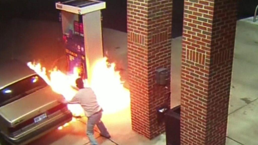 Medo de aranha faz homem provocar incêndio em posto de gasolina