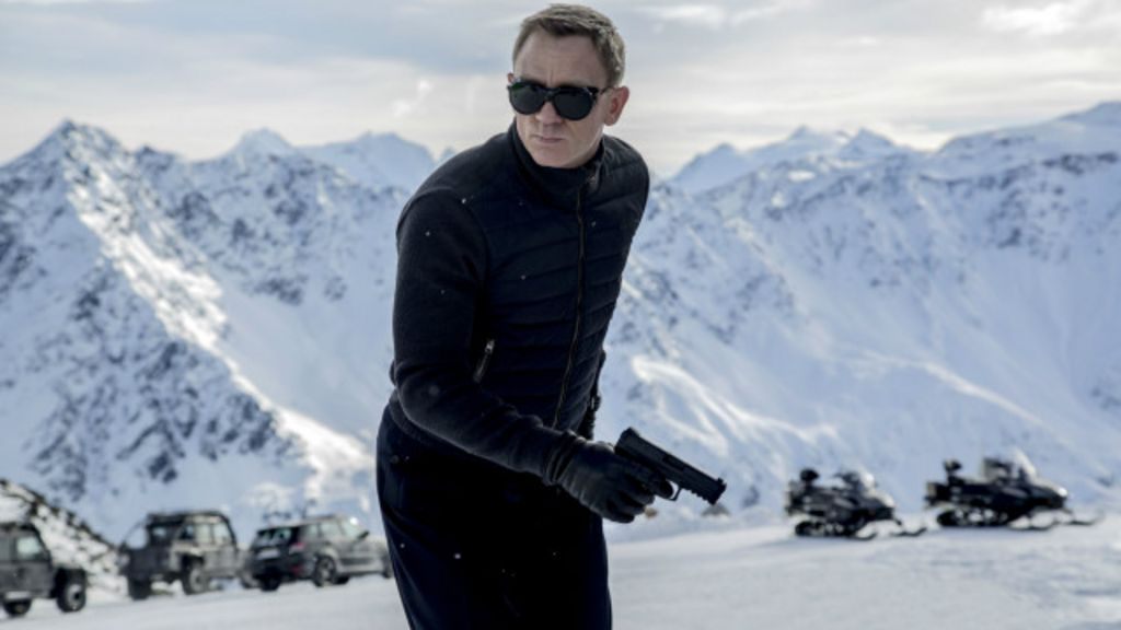 Sexy e corajosas ou 'dispensáveis': o sexismo vivido pelas 'Bond girls'