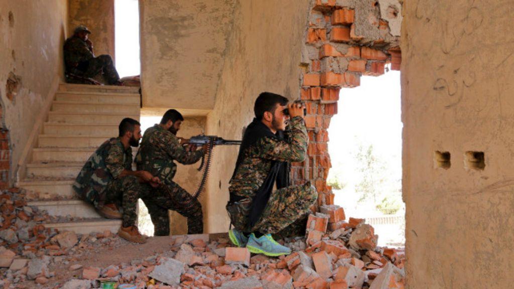 الولايات المتحدة توقف تدريب مقاتلين جدد من المعارضة السورية