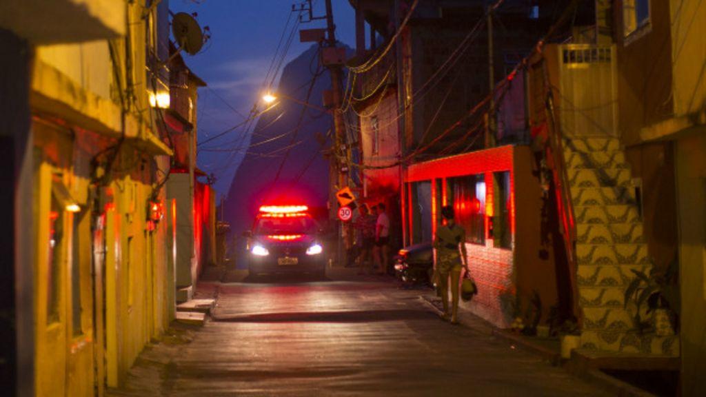 Brasileiro é o que mais teme andar na rua à noite, aponta pesquisa ...