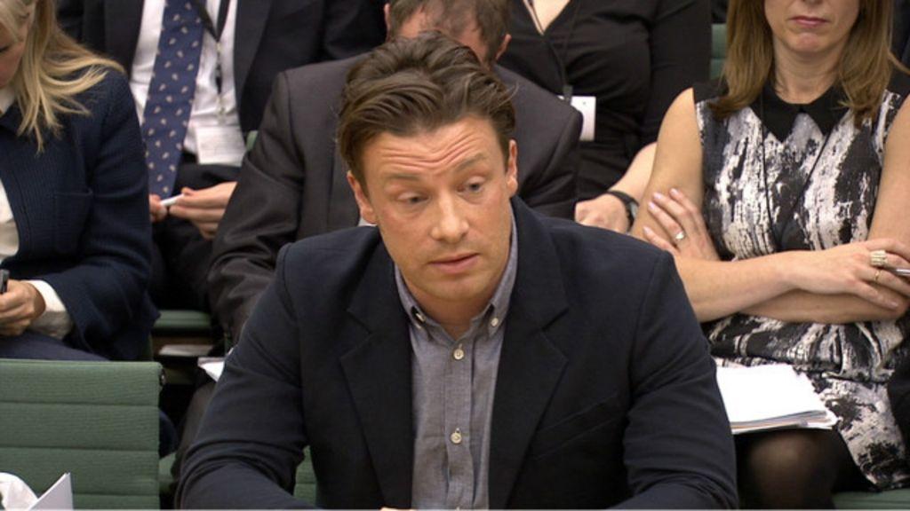 Jamie Oliver defende taxação de bebidas com açúcar no Reino Unido