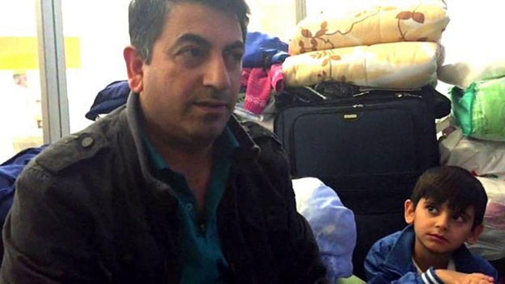 Família síria vive 6 semanas em aeroporto de Moscou - BBC Brasil