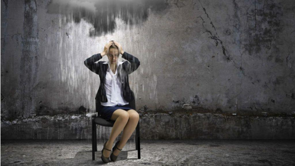 Queda do emprego: 'Ainda pode piorar antes de melhorar' - BBC ...