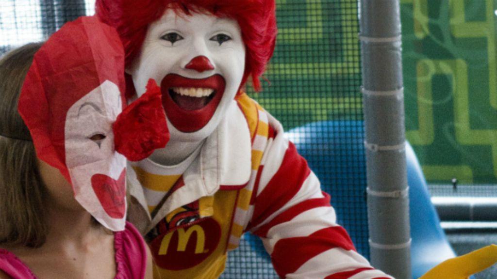 Promoção escolar de 'dieta com fast food' gera críticas ao ...