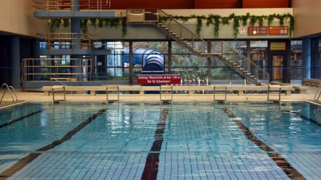 Migrantes são proibidos de frequentar piscina pública na Alemanha ...