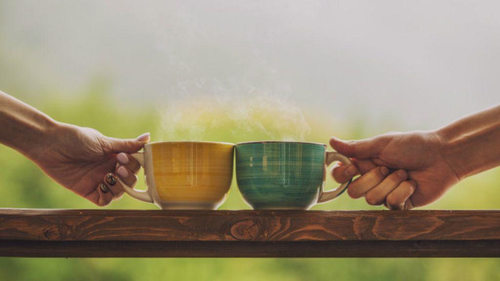 Chá x café: qual deles é melhor para a saúde? - BBC Brasil
