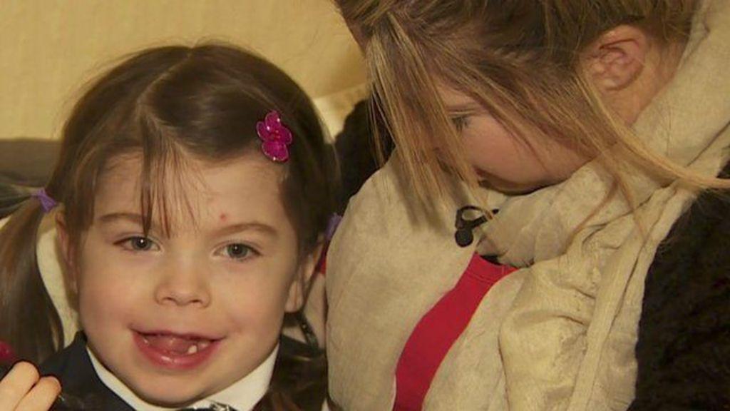 'Aos 3 anos meu filho queria ser menina' - BBC Brasil