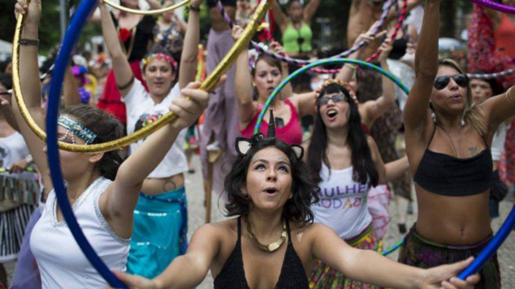 'Pegação com respeito': Mulheres se mobilizam por carnaval sem ...