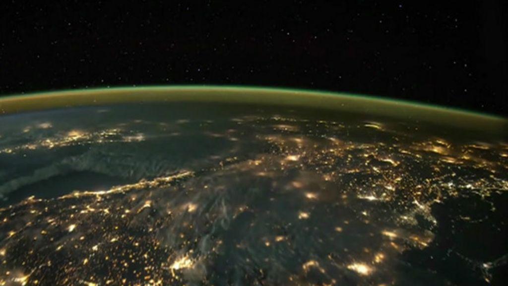 Imagens feitas do espaço mostram tempestades de raios sobre a ...