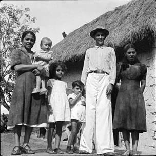 Familia de campesinos, Estado Lara, 1950.