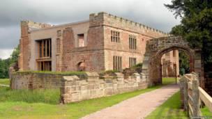 El Castillo Astley