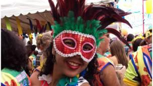 Máscaras de todos os tipos e cores nas fotos dos internautas Foto:Crislândia Ferreira do Nascimento