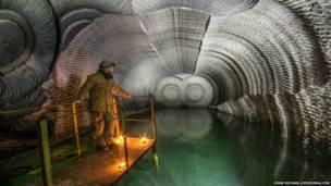 Interior de una mina de piedra de yeso
