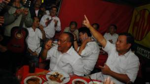 Aburizal Bakrie dan Prabowo Subianto