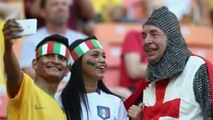Aficionados de Inglaterra e Italia