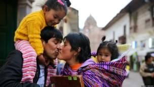 Familia en Cuzco, Perú. Foto: Ignacio Lehmann