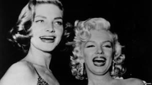 Foto: Lauren Bacall y Marilyn Monroe en 1954
