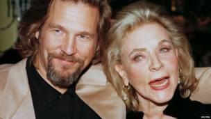 Lauren Bacall y Jeff Bridges, 1997.
