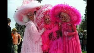 Sombreros de Domingo Santo