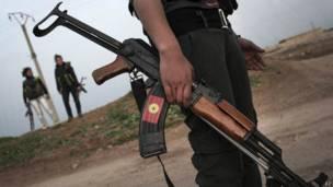 Боец курдского ополчения на севере Сирии