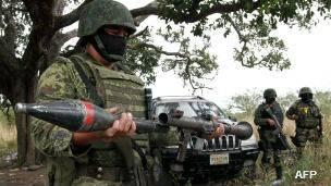 Cohete con que se derribó un helicóptero militar en Jalisco.