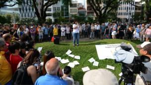 包括台灣、香港、馬來西亞以及新加坡在內的公民社會團體紛紛呼籲當局釋放少年。