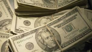 Los consultores pueden cobrar millones por sus servicios.