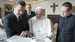 Leonardo Dicaprio y el papa Francisco