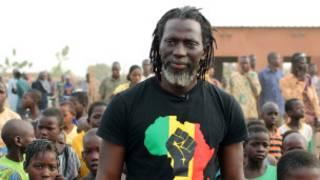 Le chanteur ivoirien Tiken Jah Fakoly a été refoulé à l'aéroport de Kinshasa.