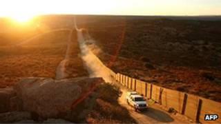 Agente fronterizo de EE.UU.