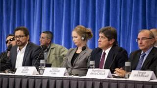 Mesa negociações (AFP)
