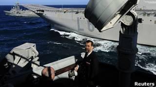 El Príncipe de Asturias despide al portaaviones