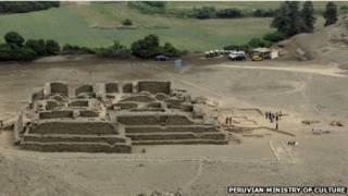 معبد قديم في أيل بارايسو ببيرو