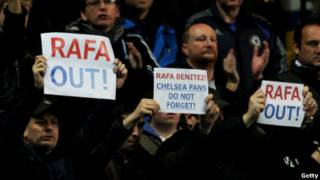 Pendukung meminta Benitez mundur