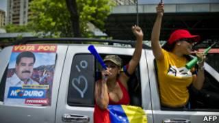 Campanha pró-Maduro na Venezuela (AFP)