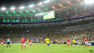 partido entre Brasil e Inglaterra