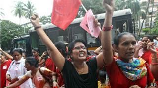 Protestas tras la muerte del activista indio Dabholkar