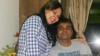 सुनील जेम्स और उनकी पत्नी
