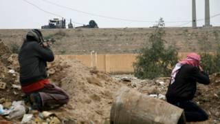 Hombres armados en Faluya