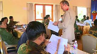 Britain gives a training to Burmese Army