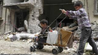 Homs resident