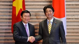 Chủ tịch Trương Tấn Sang và Thủ tướng Shinzo Abe ở Tokyo