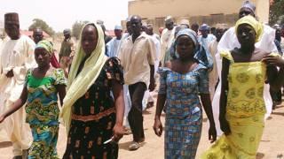 Cuatro estudiantes que lograron huir de sus captores en Nigeria
