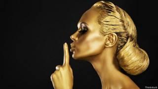 Mujer dorada